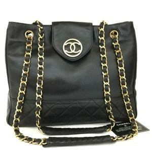 3639d8b46b56 Chanel · 100% Auth Chanel Quilted Matelasse Lambskin Bag. $2,196 $5,500